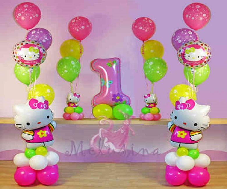 Eccezionale Varcaturo in festa per il primo compleanno di Valeria, la bimba  ER86