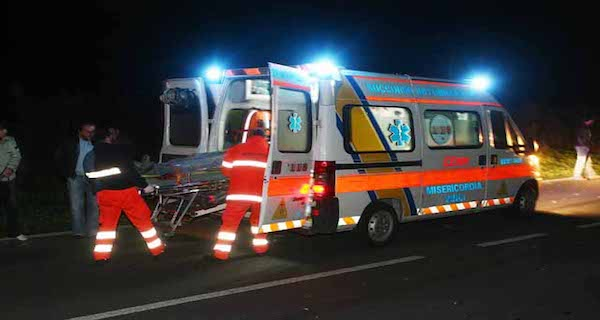 Tragedia in autostrada, incidente stradale: muore una donna