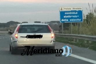 pietre ford lanciano pietre da quest'auto segnalazione via web social